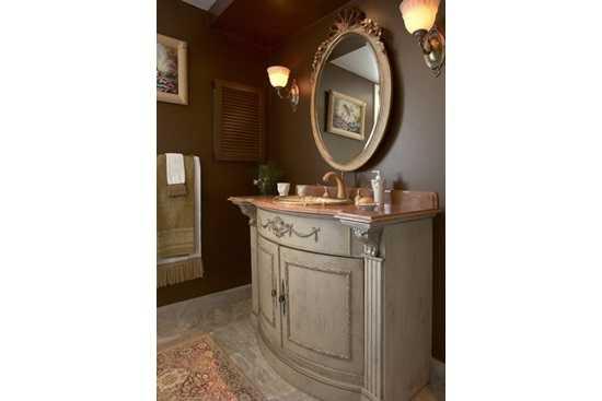 Un plus de dragalasenie: elemente ale stilului traditional in baie