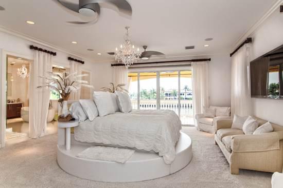 Casa ca un hotel