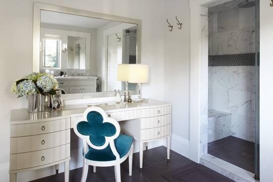 Masa de toaleta – cum o alegi si cu ce o decorezi?