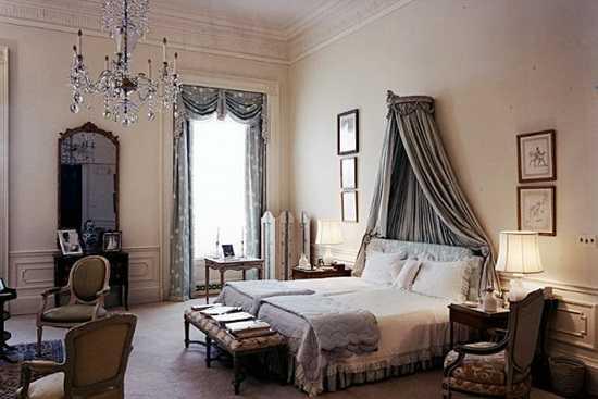 Romantism la patrat: dormitorul perfect pentru cuplu