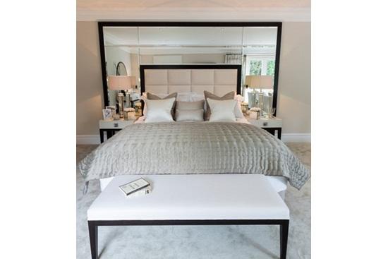 Tablie multifunctionala pentru pat