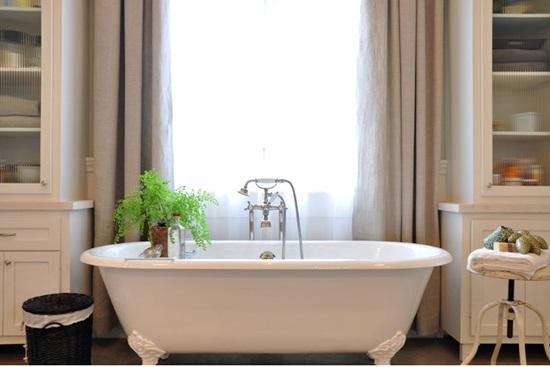 Prospetime de lunga durata in baie