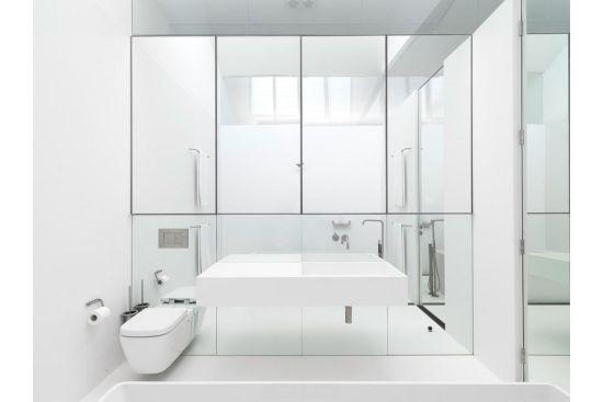 De ce le plac designerilor oglinzile