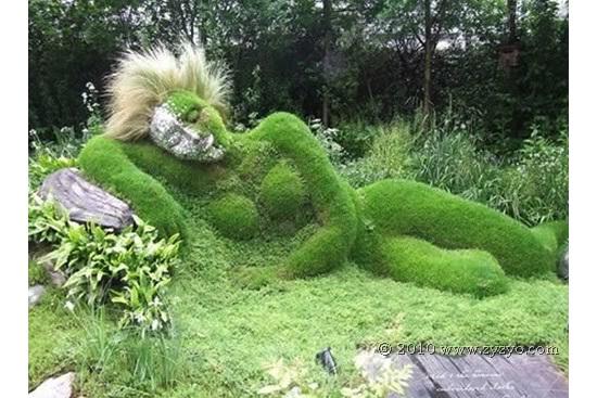 Sculpturi vii pentru gradini cu personalitate