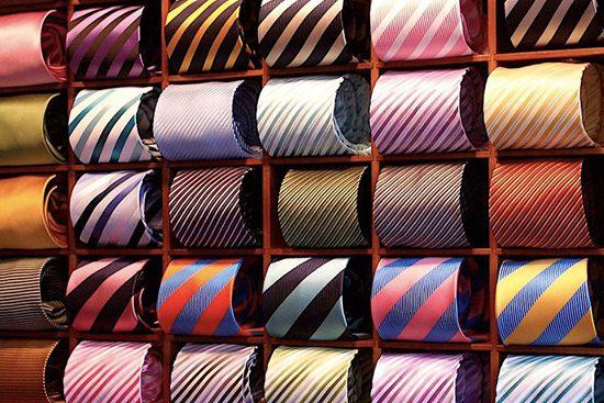 Hainele stau cel mai bine in dressing – special pentru barbati