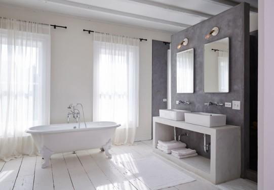 Afla cum poti acoperi peretii din baie in nuante gri