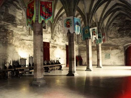 Castelele Romaniei - Castelul Corvinilor din inima Hunedoarei