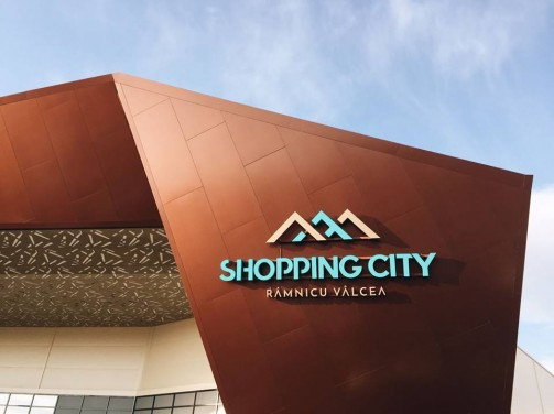 Astazi se deschide un nou mall in Romania!