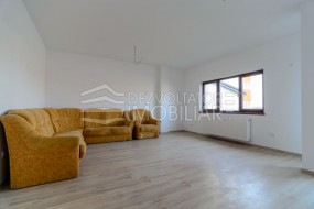 Apartament 2 camere, Sanpetru