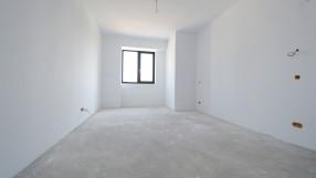 Apartament 5 camere, Herastrau